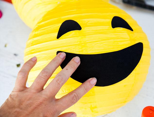 make in of-emoji-lampara papel-bebeazul.top (4)